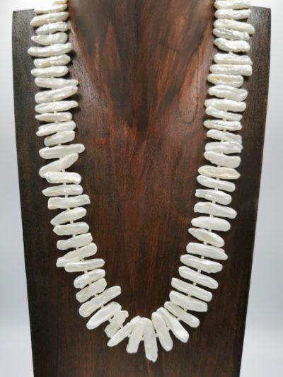 White to off-white freshwater Biwa pearl necklace