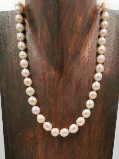 Light pink oval drop freshwater pearl necklace