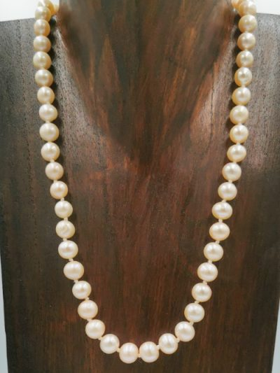 Pale pink potato-shaped freshwater pearl necklace