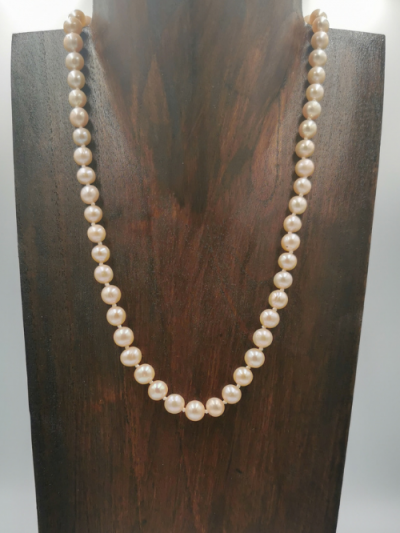 Light pink oval off-round freshwater pearl necklace