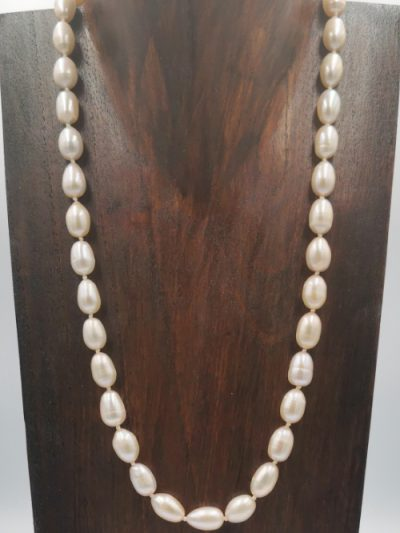 Pale pink slender oval drop freshwater pearl necklace