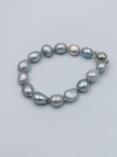 Grey baroque freshwater pearl bracelet