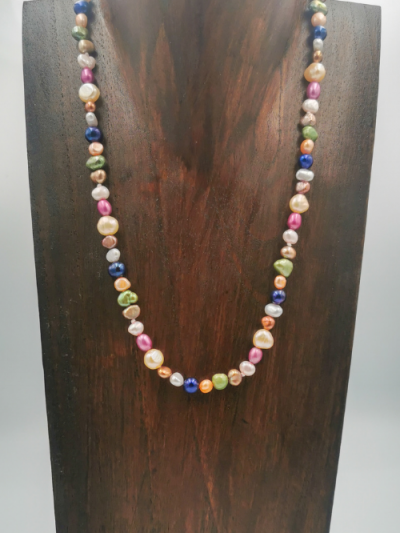 Strand of mixed multi-coloured freshwater pearls, with a toggle clasp. Total necklace length 48cm.