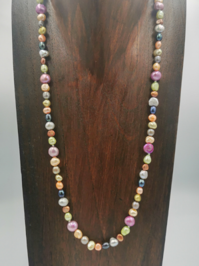 Strand of mixed multi-coloured freshwater pearls, with a toggle clasp. Total necklace length 57cm.