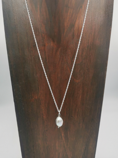 Grey freshwater pearl drop pendant on 45cm sterling silver chain.